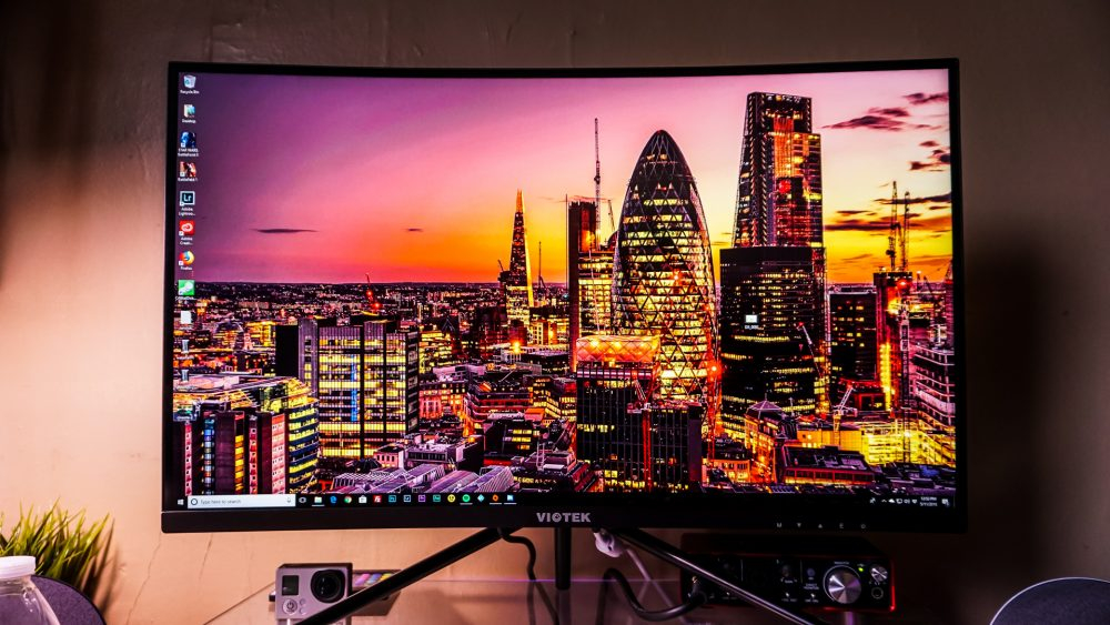 Viotek GN27D curved gaming monitor